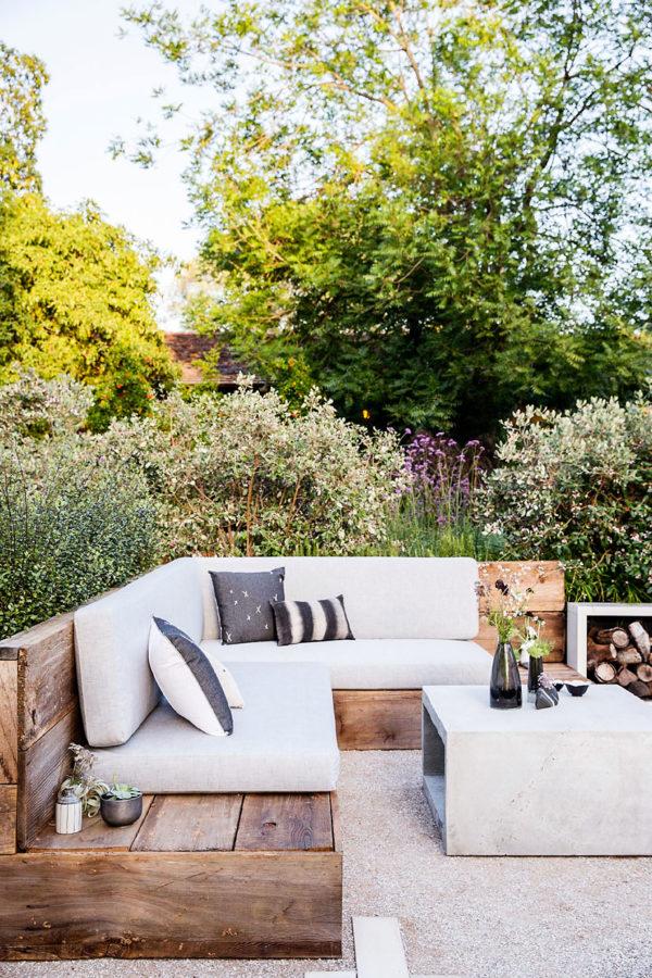 Phòng khách ngoài trời, ý tưởng tuyệt vời tận hưởng hương vị mùa hè - Ảnh 9.