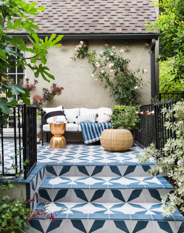 Phòng khách ngoài trời, ý tưởng tuyệt vời tận hưởng hương vị mùa hè - Ảnh 10.