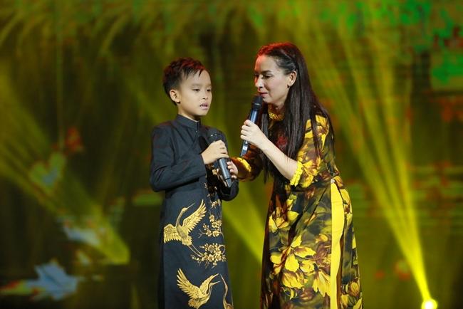 Cười bò trước màn phạt con trai chưa đầy 1 tuổi của ca sĩ Phi Nhung - Ảnh 6.