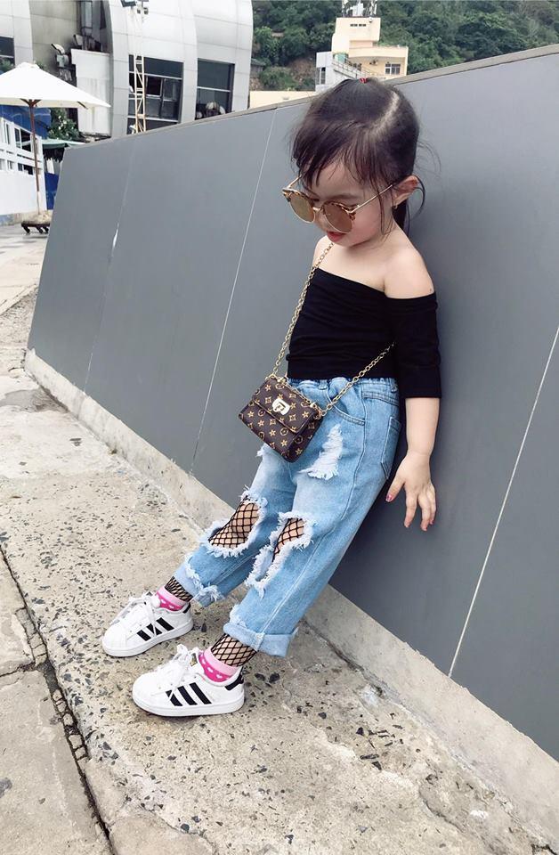 Gặp gỡ bé gái Việt mặc đẹp như fashionista khiến các mẹ trầm trồ không ngớt - Ảnh 30.