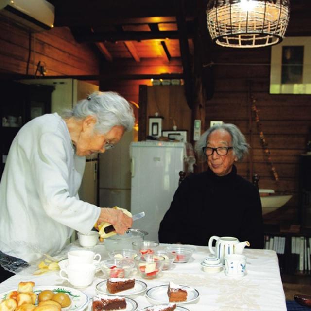 Cặp vợ chồng già bỏ phố về quê tận hưởng cuộc sống an nhàn bên ngôi nhà vườn rợp bóng cây xanh - Ảnh 10.