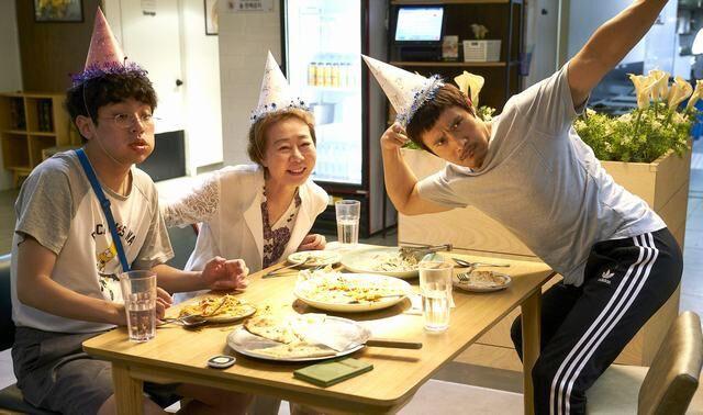 Lee Byung Hun sụp đổ hình tượng, chưa bao giờ khác đến thế trên màn ảnh! - Ảnh 7.