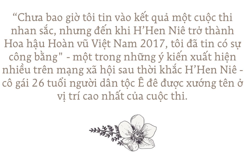 Hoa hậu H'Hen Niê: Không muốn kể khổ, không muốn ai thương hại vì gia cảnh nghèo khó! - Ảnh 1.