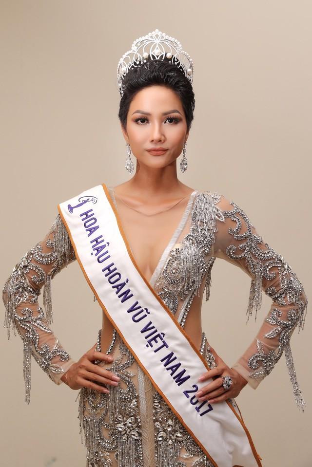 Đồng cảm với HHen Niê, Hoa hậu Đại dương Ngân Anh lên tiếng: Hãy dừng miệt thị, xúc phạm, gây tổn thương - Ảnh 2.