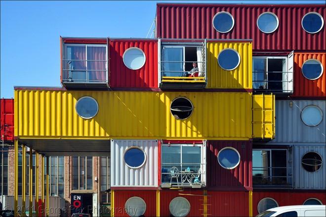 15 ngôi nhà độc đáo trên thế giới được tạo nên từ… container tái chế - Ảnh 1.