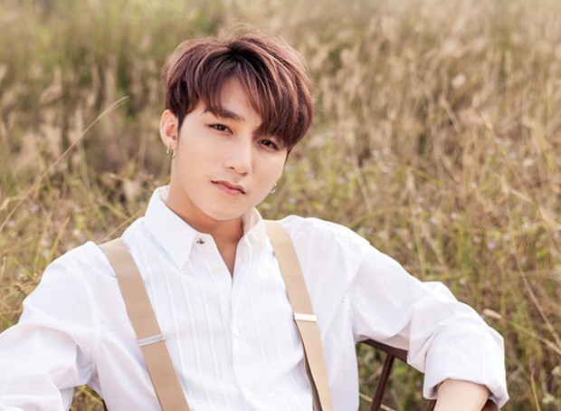Sơn Tùng M-TP hội ngộ khán giả Hà Nội bằng một loạt hit khủng trong Đại nhạc hội đầu năm  - Ảnh 1.