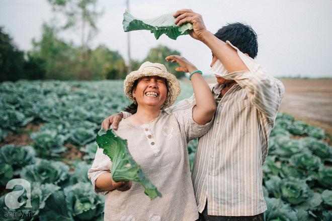 Ra mà xem cặp bố mẹ yêu thương nhau giữa mùa bắp cải hot nhất MXH - 25 năm sống dưới túp lều tranh giận nhau đúng 1 lần - Ảnh 8.