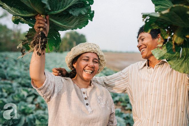 Ra mà xem cặp bố mẹ yêu thương nhau giữa mùa bắp cải hot nhất MXH - 25 năm sống dưới túp lều tranh giận nhau đúng 1 lần - Ảnh 5.