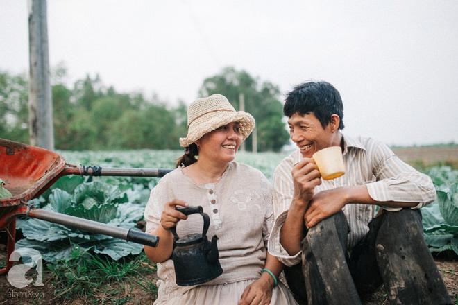 Ra mà xem cặp bố mẹ yêu thương nhau giữa mùa bắp cải hot nhất MXH - 25 năm sống dưới túp lều tranh giận nhau đúng 1 lần - Ảnh 7.