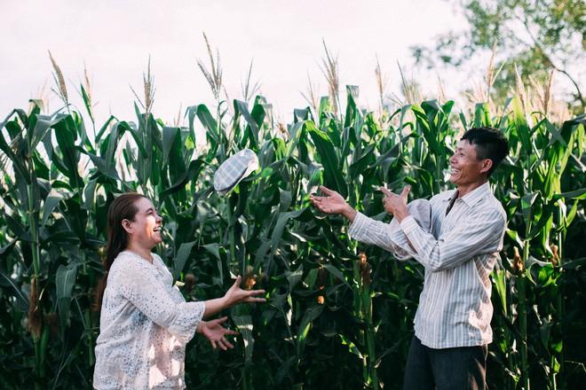 Ra mà xem cặp bố mẹ yêu thương nhau giữa mùa bắp cải hot nhất MXH - 25 năm sống dưới túp lều tranh giận nhau đúng 1 lần - Ảnh 3.