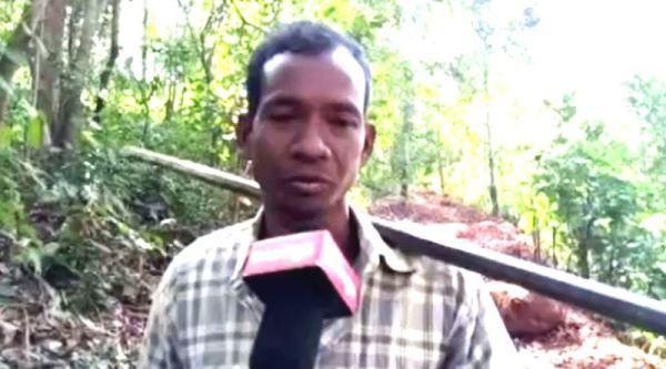 Người cha một mình đào 8km đường núi để các con đi học, về nhà dễ dàng hơn - Ảnh 2.