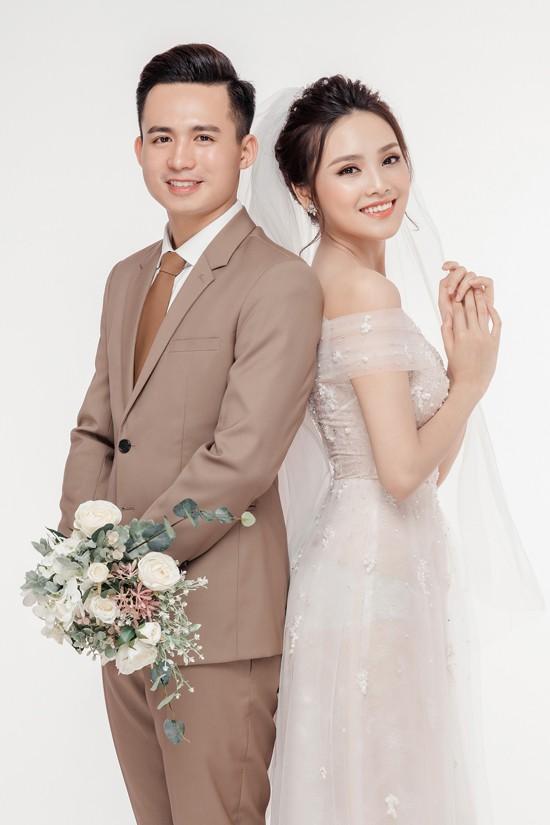 Cặp đôi Việt chuẩn ngôn tình vì trai đẹp, gái xinh lại còn tôn sùng nhau hết mức - Ảnh 4.