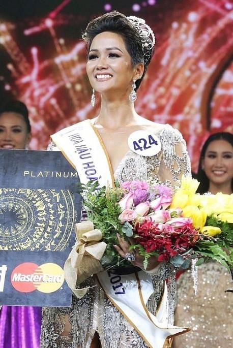 """Hoa hậu H'Hen Nie: Vẻ đẹp """"khác lạ"""" không phải là bất lợi với tôi - Ảnh 1."""