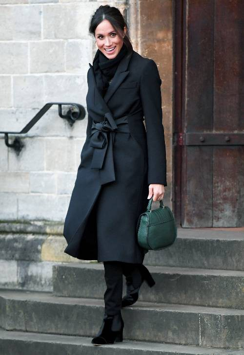 Chỉ với 9 set đồ, Meghan Markle một bước tiến thẳng đến danh hiệu icon thời trang thế giới - Ảnh 1.