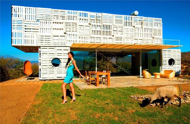 15 ngôi nhà độc đáo trên thế giới được tạo nên từ… container tái chế - Ảnh 11.