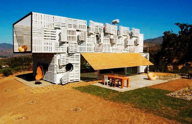 15 ngôi nhà độc đáo trên thế giới được tạo nên từ… container tái chế - Ảnh 12.