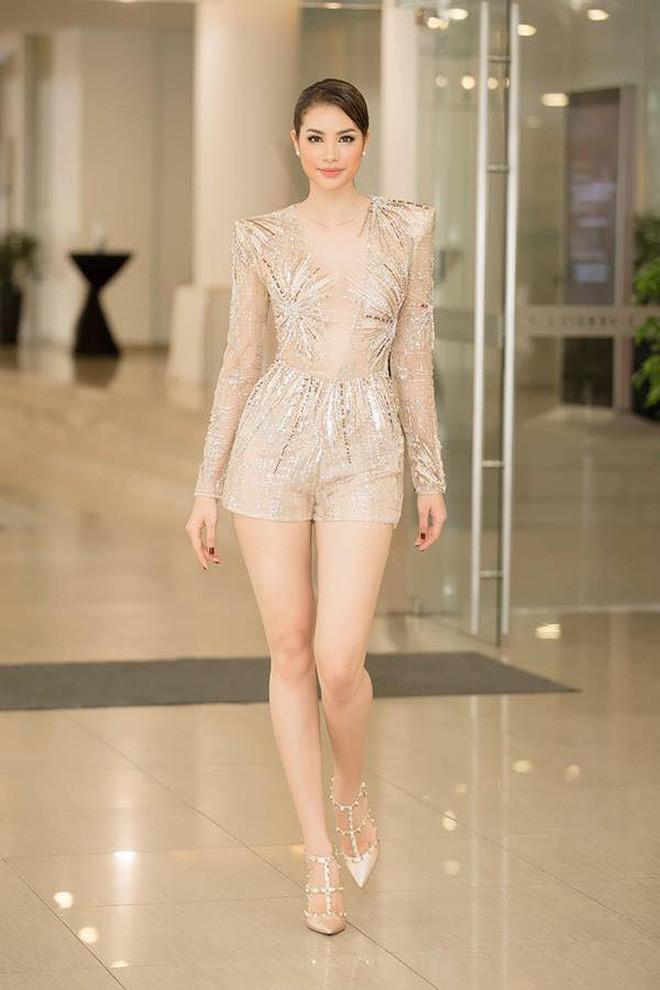 Đại chiến stylist: Chê HHen Niê mặc xấu, cựu stylist của Phạm Hương bị ekip tân Hoa hậu vỗ mặt - Ảnh 12.