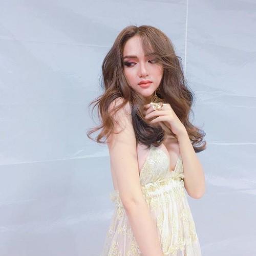 Hương Giang Idol: Mỹ nhân chuyển giới có gout thời trang nóng bỏng nhất Showbiz Việt - Ảnh 13.