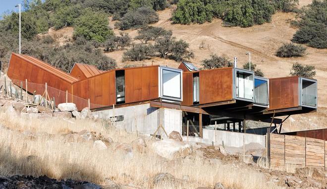 15 ngôi nhà độc đáo trên thế giới được tạo nên từ… container tái chế - Ảnh 14.