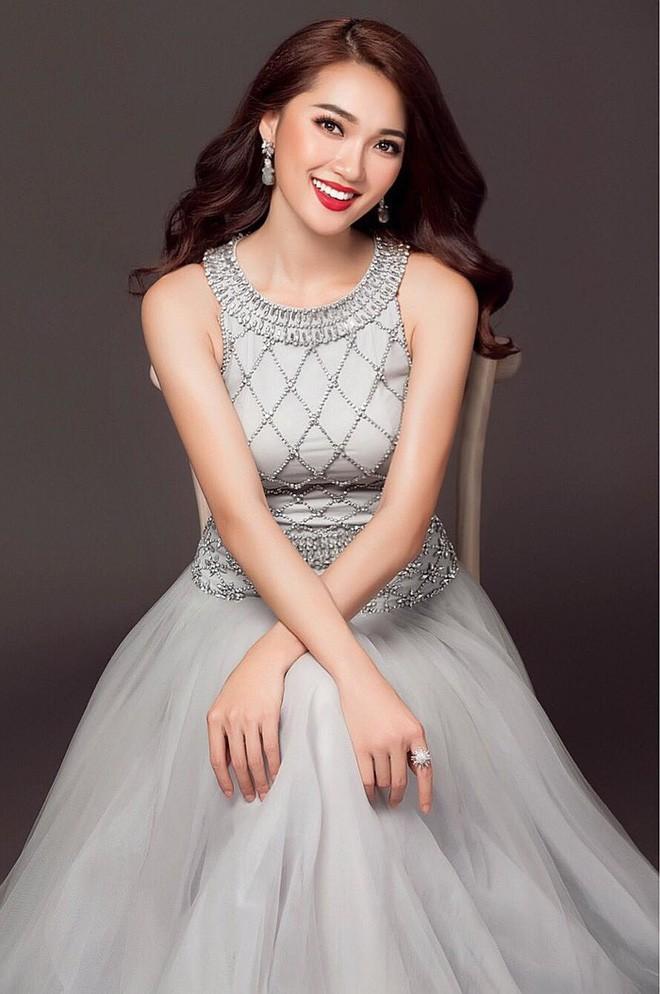 Kể từ khi đăng quang, từ Hoa hậu HHen Niê cho đến 2 Á hậu Hoàn vũ cứ mải miết dùng lại đồ cũ - Ảnh 14.