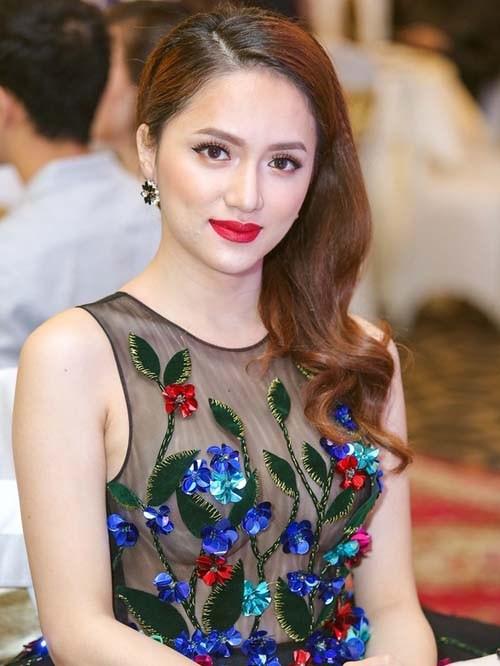 Hương Giang Idol: Mỹ nhân chuyển giới có gout thời trang nóng bỏng nhất Showbiz Việt - Ảnh 3.