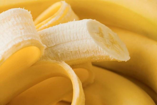 Khó tin nhưng có thật: Mỗi ngày ăn 2 vỏ chuối, liên tục 3 ngày, kết quả rất đáng để thử - Ảnh 3.