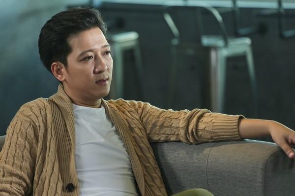 Những trùng hợp thú vị giữa màn cầu hôn và phim hài Tết sắp ra mắt của Trường Giang - Ảnh 3.
