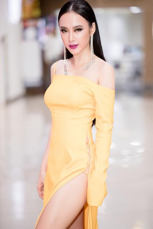 Đạt đẳng cấp hở bạo mới, Angela Phương Trinh diện đầm xẻ cao hút tận eo mới nổi bật - Ảnh 3.