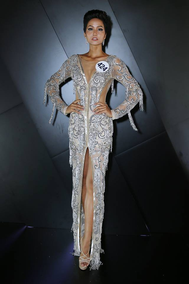 Lần đầu tiên trong lịch sử Việt Nam có một Hoa hậu tóc tém, và đó chính là HHen Niê! - Ảnh 4.