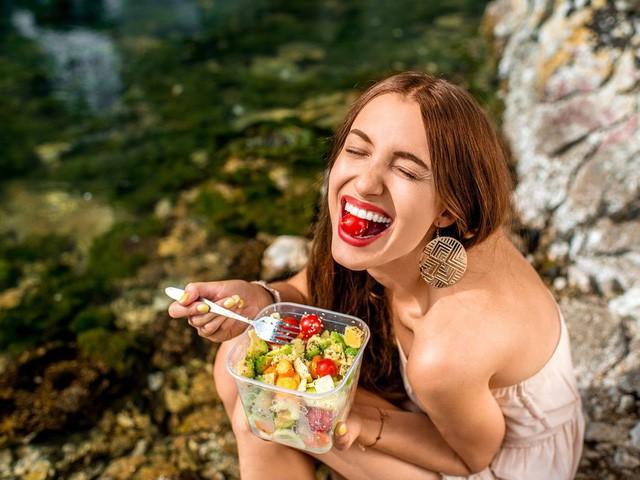 Muốn có một hệ tiêu hóa khỏe mạnh để ăn Tết ngon thì cần tuân thủ ngay các nguyên tắc này  - Ảnh 4.