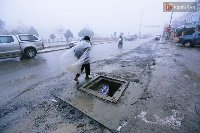 Chùm ảnh: Những con đường xuống cấp trầm trọng giữa thiên đường du lịch Sa Pa - Ảnh 5.