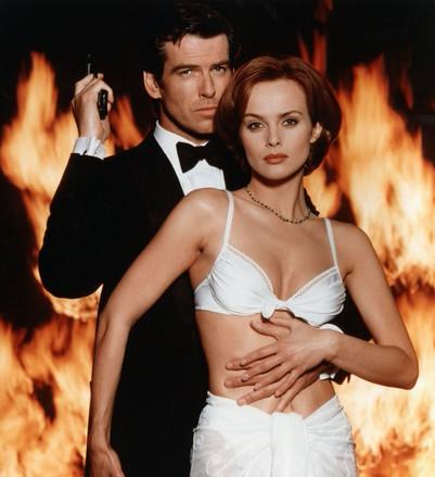 Điệp viên 007, Ảnh đế Hong Kong: Triệu mỹ nữ thèm khát nhưng gạt bỏ tất cả, hạnh phúc bên vợ béo, bị chê xấu xí - Ảnh 5.