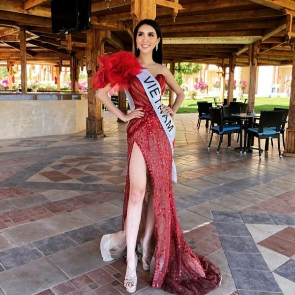 Tường Linh vào Top 10 thí sinh được yêu thích nhất Hoa hậu Liên lục địa 2017 - Ảnh 5.