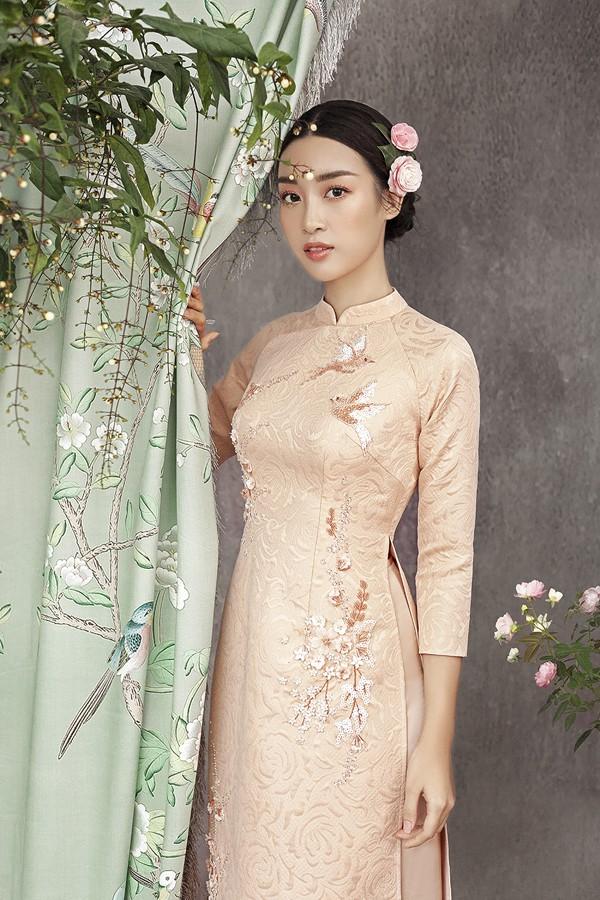 Đỗ Mỹ Linh gợi ý chọn áo dài cách tân mặc tết - Ảnh 6.