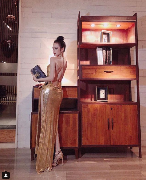 Đạt đẳng cấp hở bạo mới, Angela Phương Trinh diện đầm xẻ cao hút tận eo mới nổi bật - Ảnh 6.