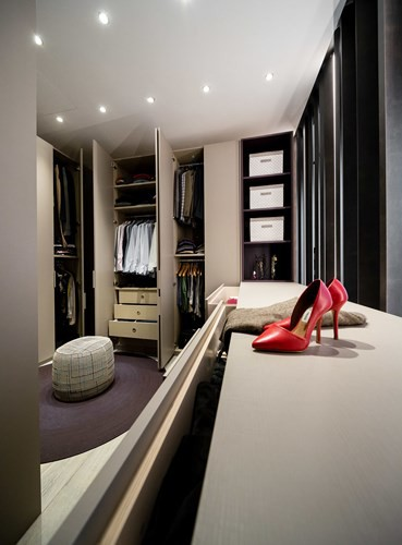 Ấn tượng với căn hộ kết hợp màu sắc trắng đen - Ảnh 6.