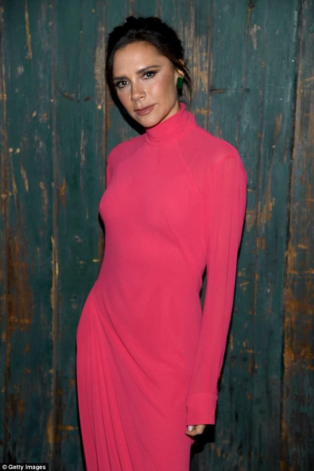Victoria Beckham bị phản ứng mạnh vì để mẫu gầy nhẳng chụp hình quảng cáo - Ảnh 7.