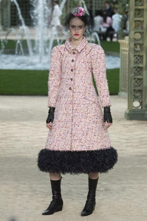 Con gái 16 tuổi của Cindy Crawford xuất hiện ấn tượng ở Tuần lễ Thời trang Haute Couture - Ảnh 7.