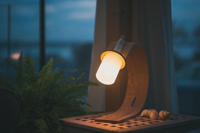 Đèn tái chế có thiết kế hiện đại tối giản đẹp như một cơn mơ - ảnh 8