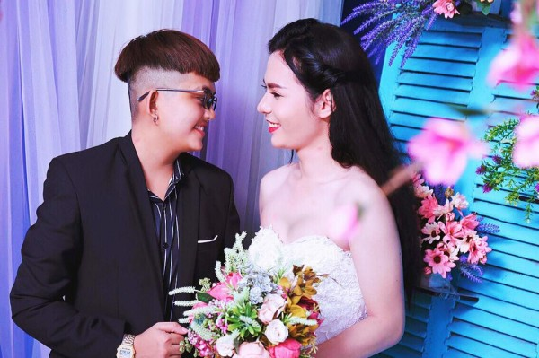 Bộ ảnh cưới 'chụp trước, cưới sau' của cặp đôi hoán đổi giới tính cho nhau - Ảnh 8.