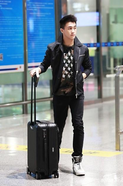 Muốn biết phong cách soái ca là như thế nào, bạn hãy nhìn vào bạn trai tin đồn của siêu mẫu Ming Xi - Ảnh 8.
