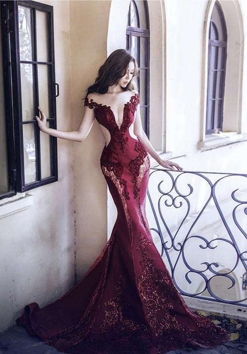 Đến cả những chiếc váy cũng xuất hiện phiên bản 'song sinh', giống hàng 'tái chế' đến 99% - Ảnh 9.
