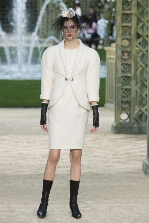 Con gái 16 tuổi của Cindy Crawford xuất hiện ấn tượng ở Tuần lễ Thời trang Haute Couture - Ảnh 9.
