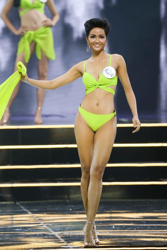 Body của HHen Niê từ Next Top đến Hoa hậu: Dậy thì thành công! - Ảnh 10.