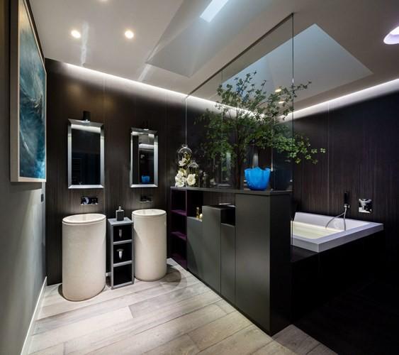 Ấn tượng với căn hộ kết hợp màu sắc trắng đen - Ảnh 10.