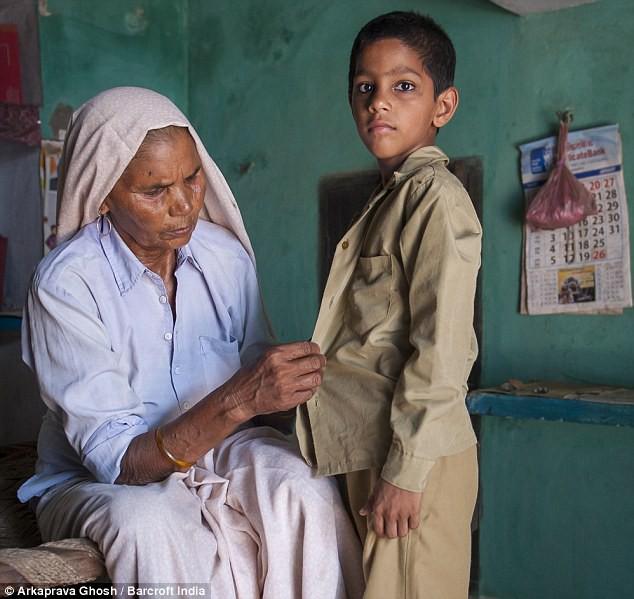 Đã có 2 con, 5 cháu, cụ bà 70 tuổi này vẫn có thể mang thai và sinh 1 cặp song sinh - Ảnh 8.