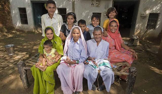 Đã có 2 con, 5 cháu, cụ bà 70 tuổi này vẫn có thể mang thai và sinh 1 cặp song sinh - Ảnh 5.