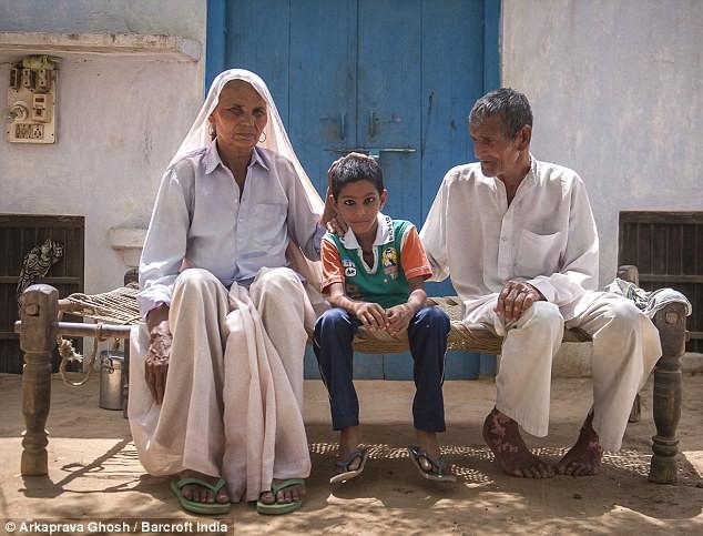 Đã có 2 con, 5 cháu, cụ bà 70 tuổi này vẫn có thể mang thai và sinh 1 cặp song sinh - Ảnh 9.