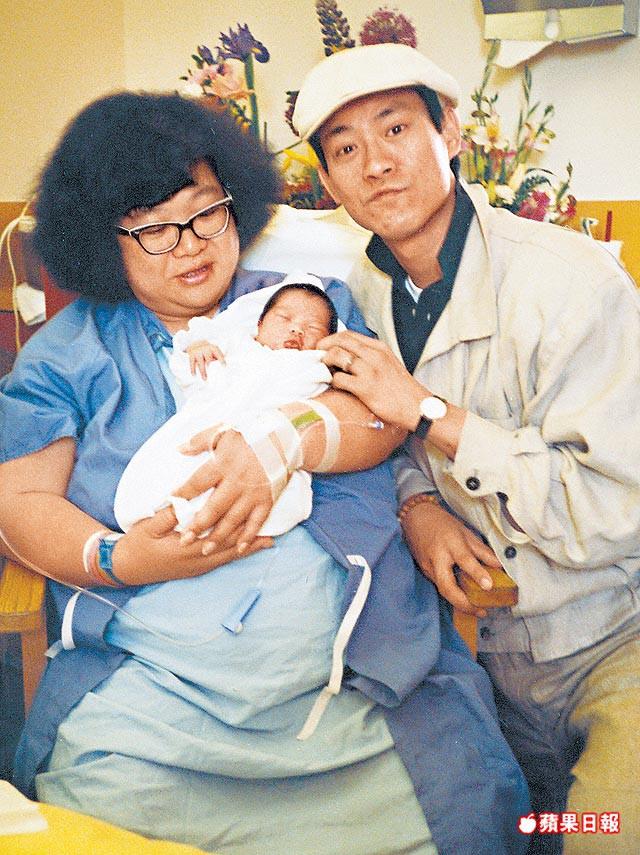 """3 """"bé bự đình đám của TVB: Người bị chồng bỏ và cái kết cay đắng cuối đời, kẻ phải đóng phim nóng để trang trải lúc sa cơ lỡ vận - ảnh 4"""