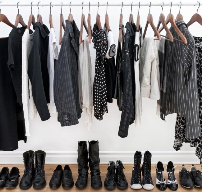 5 thói quen ăn mặc tuy an toàn nhưng có thể khiến chị em trở nên cũ kỹ, lỗi thời - Ảnh 1.